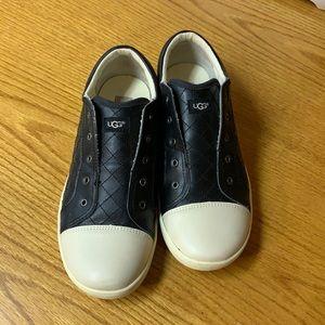 Ugg slip on shoes black/white size 5 hardly used